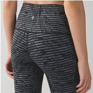 Lululemon Wunder Under Crop II Feather Stripe